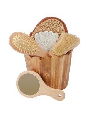 Gavesæt i træspand m. spejl, sisalsvamp, hårbørste, pimpsten og neglebørste